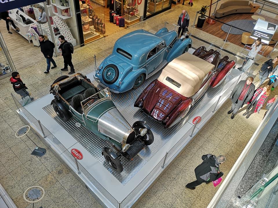 Bugatti v brněnské Vaňkovce. Legendární automobilová značka Bugatti slaví  letos 110 let od svého založení. a9388aefdd